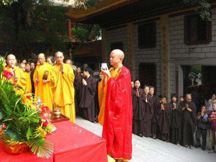 七月十五中元节其实是佛欢喜日!